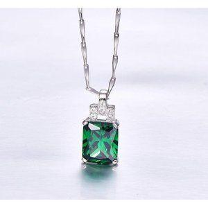 Jewelry - Pendant Necklace 14K Prong Set 6.20 Carats Emerald